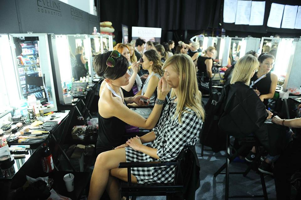 Backstage podczas Warsaw Fashion Week
